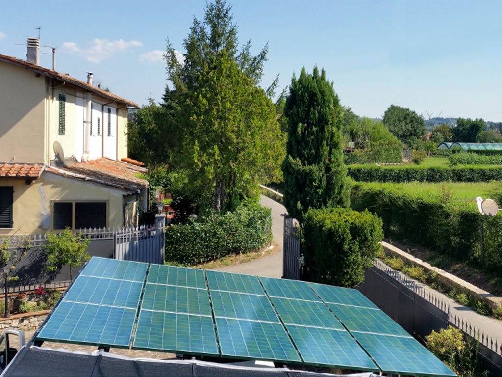 pannelli fotovoltaici colorati